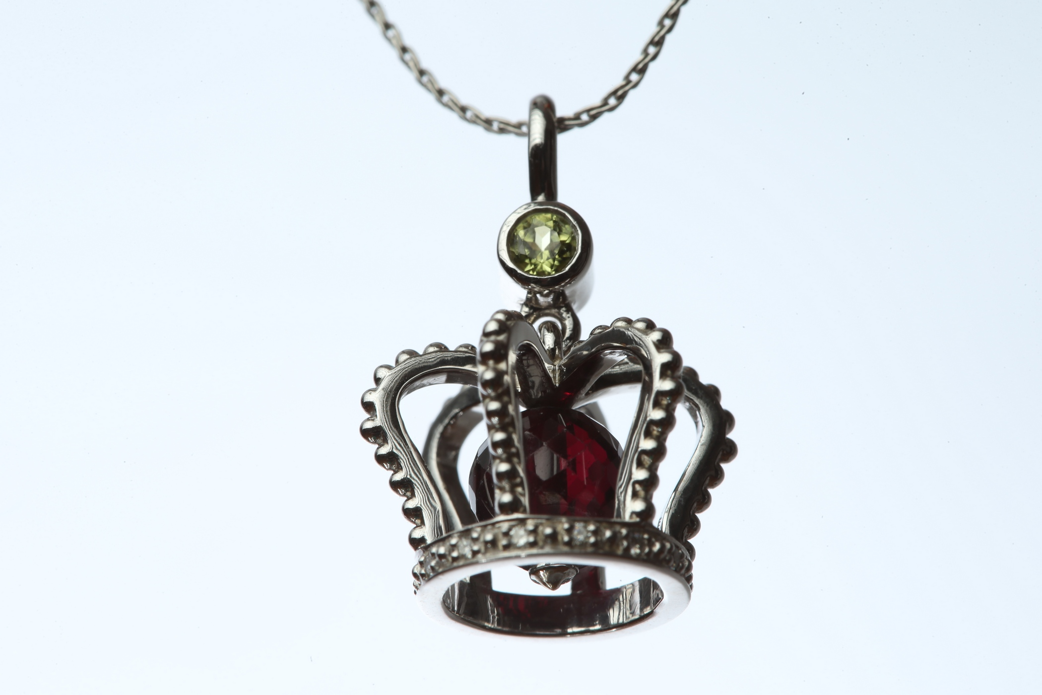 Miss MyFreeCams Pendant 2016